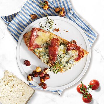 Tartine cu brânzeturi frantuzești și brânză de burduf