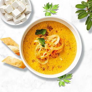Supă de ceapă cu branză și leuștean